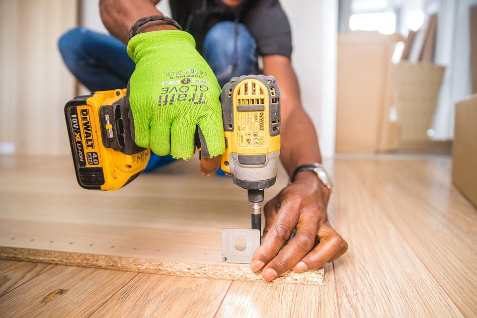 How To Buy The Best Electric Screwdriver Online