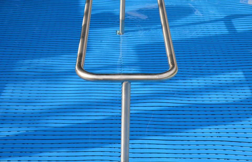 Why Install Stainless Steel Pool Fence Spigots?