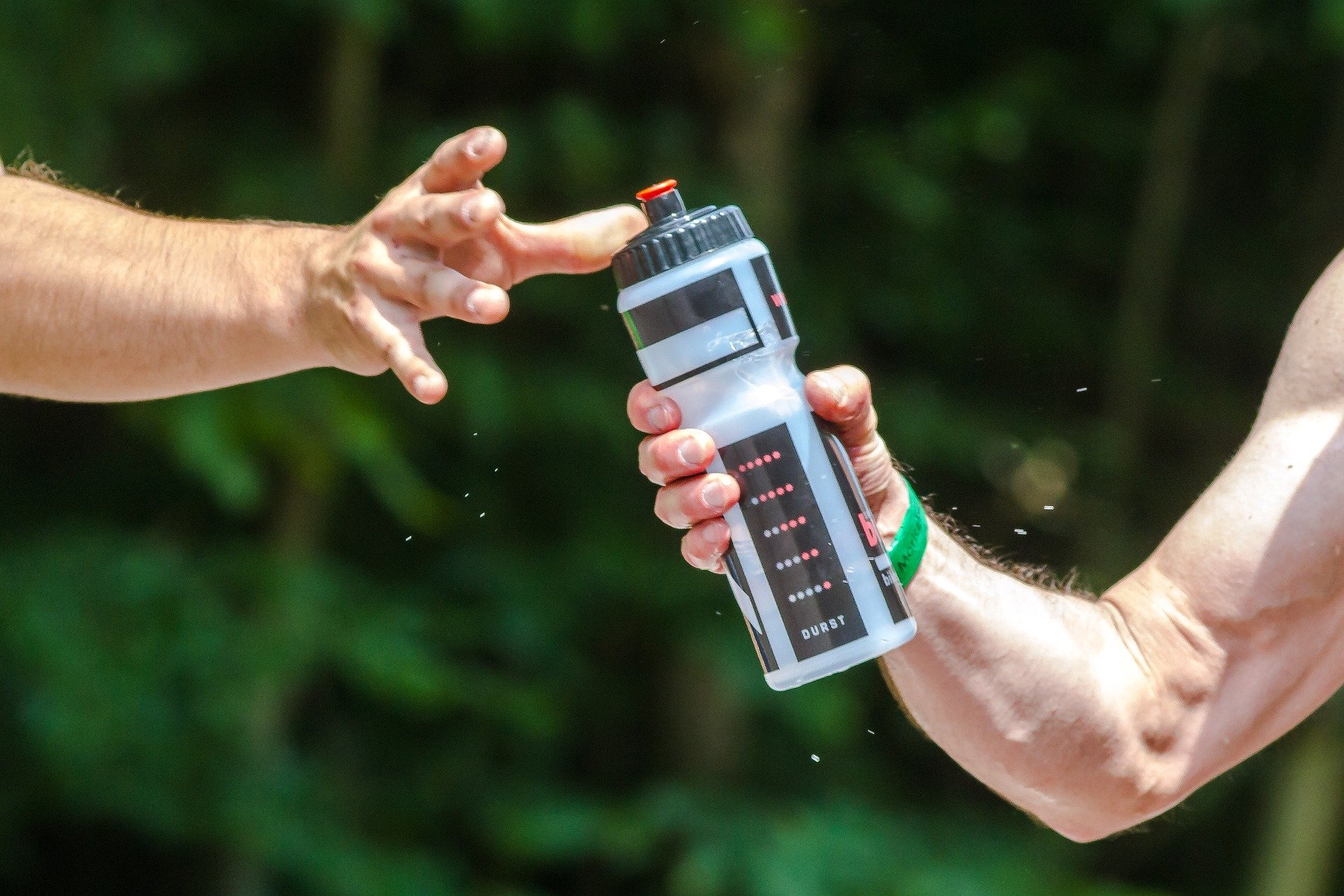 What To Look For When Buying A Reusable Water Bottle