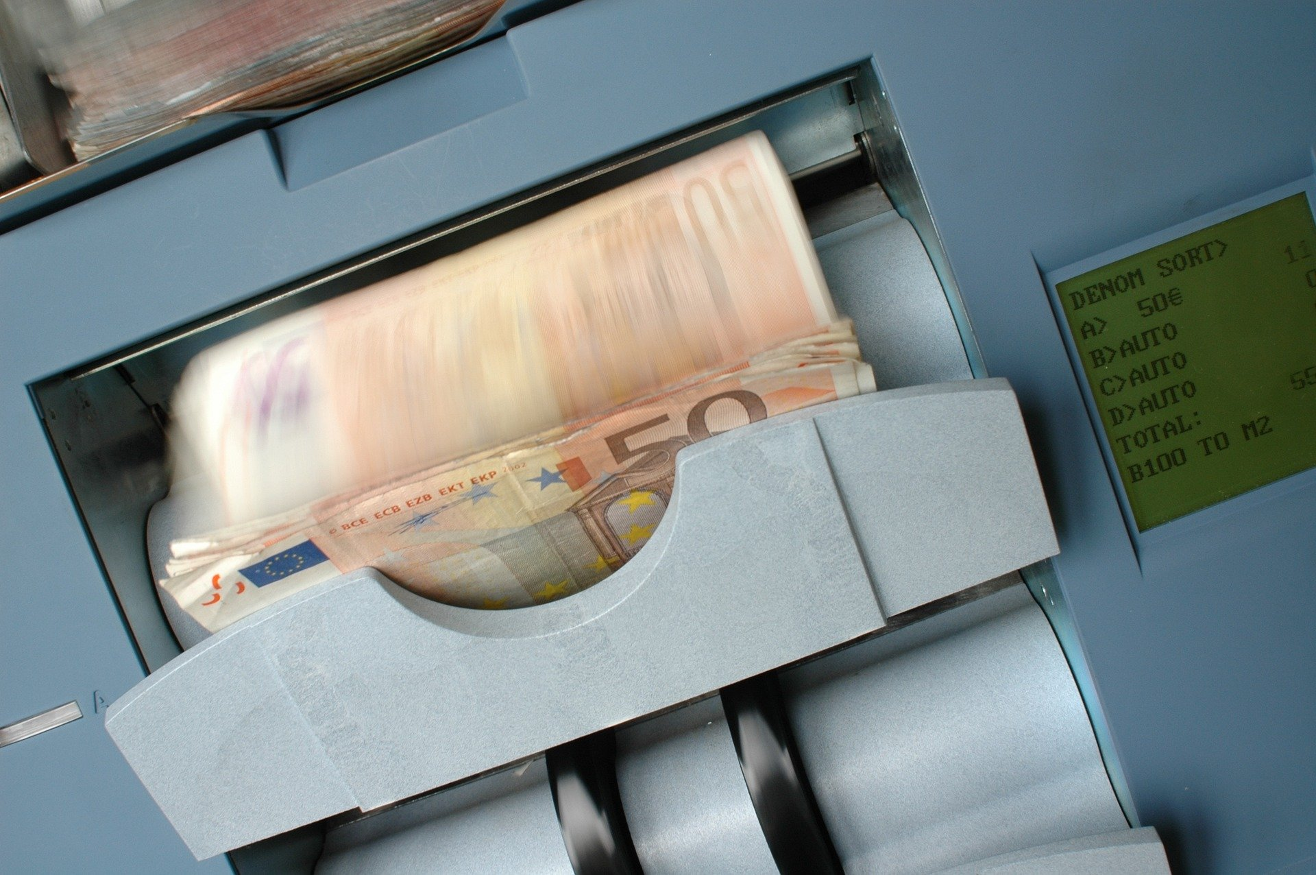 Why A Cash Counting Machine Is Suddenly So Important
