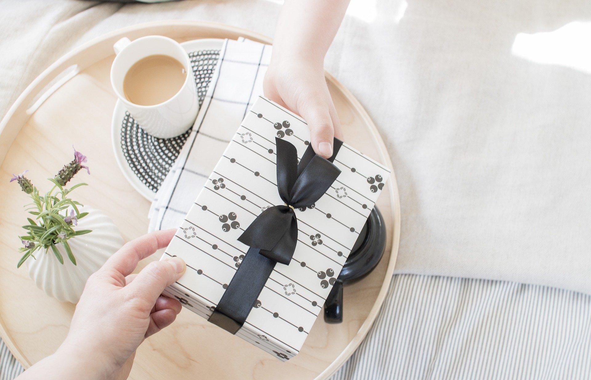 Why Use Custom Gift Box