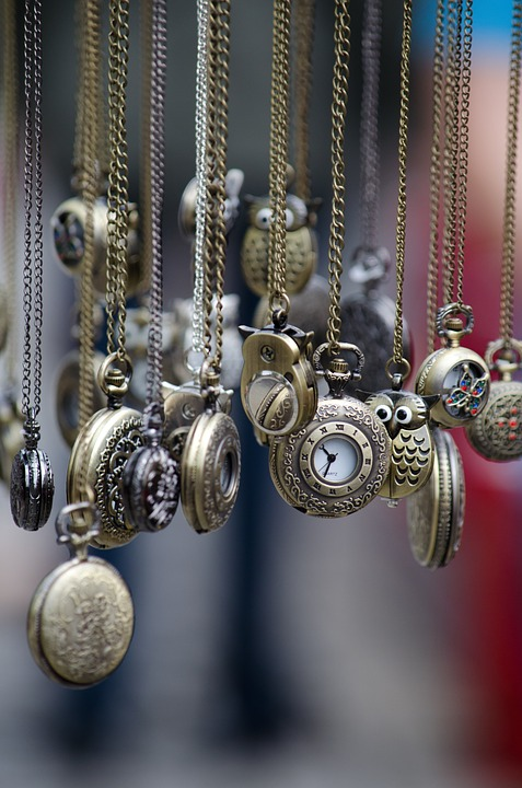 How To Obtain Reliable Antique Valuations Online