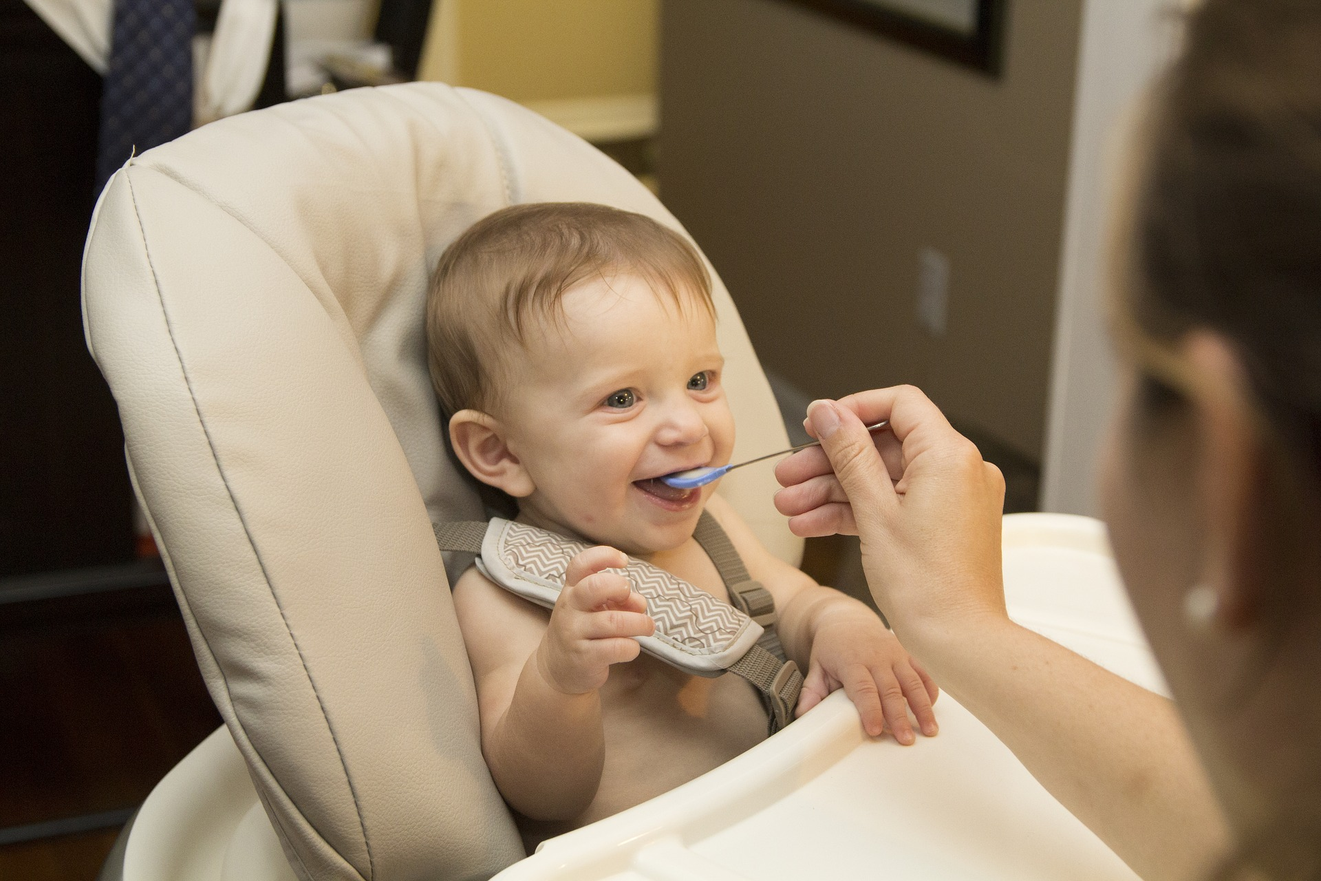 Ways To Aid In Weaning A Toddler Easily.
