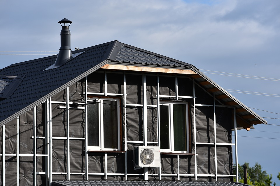 Reduce Energy Bills With Insulated Roof Panels