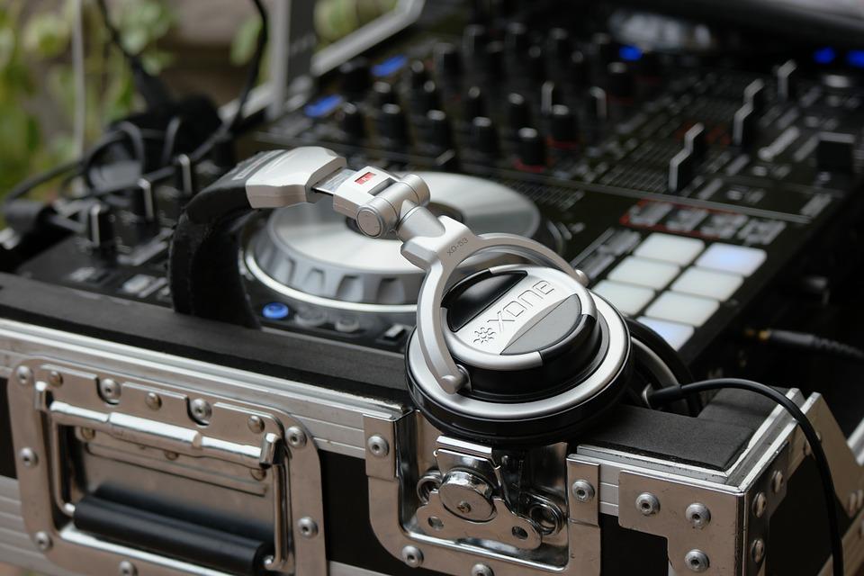 Choosing The Right Wedding Music