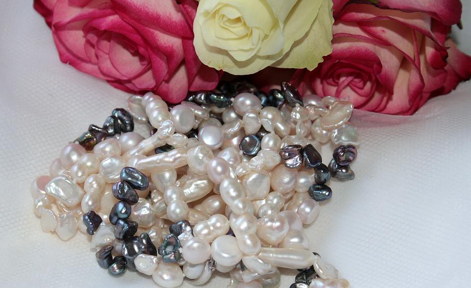 Beautiful Pearl Bridal Jewelry