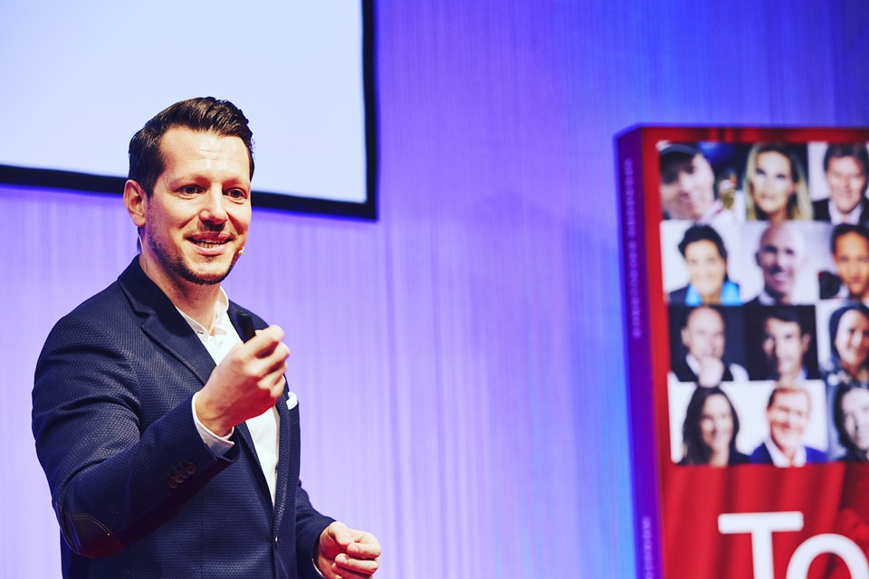 The Types And Benefits Of Hiring A Keynote Speaker