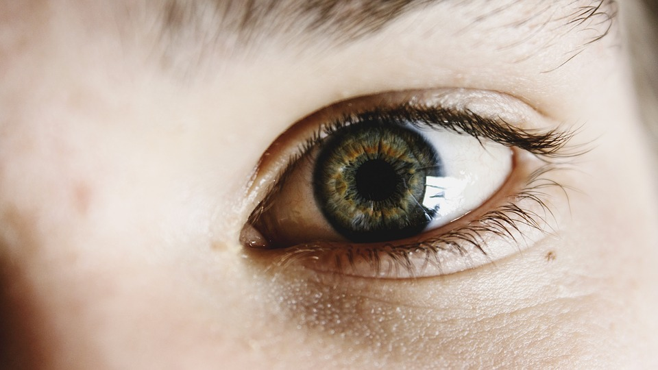 Colored Contacts With Astigmatism Solving Feature