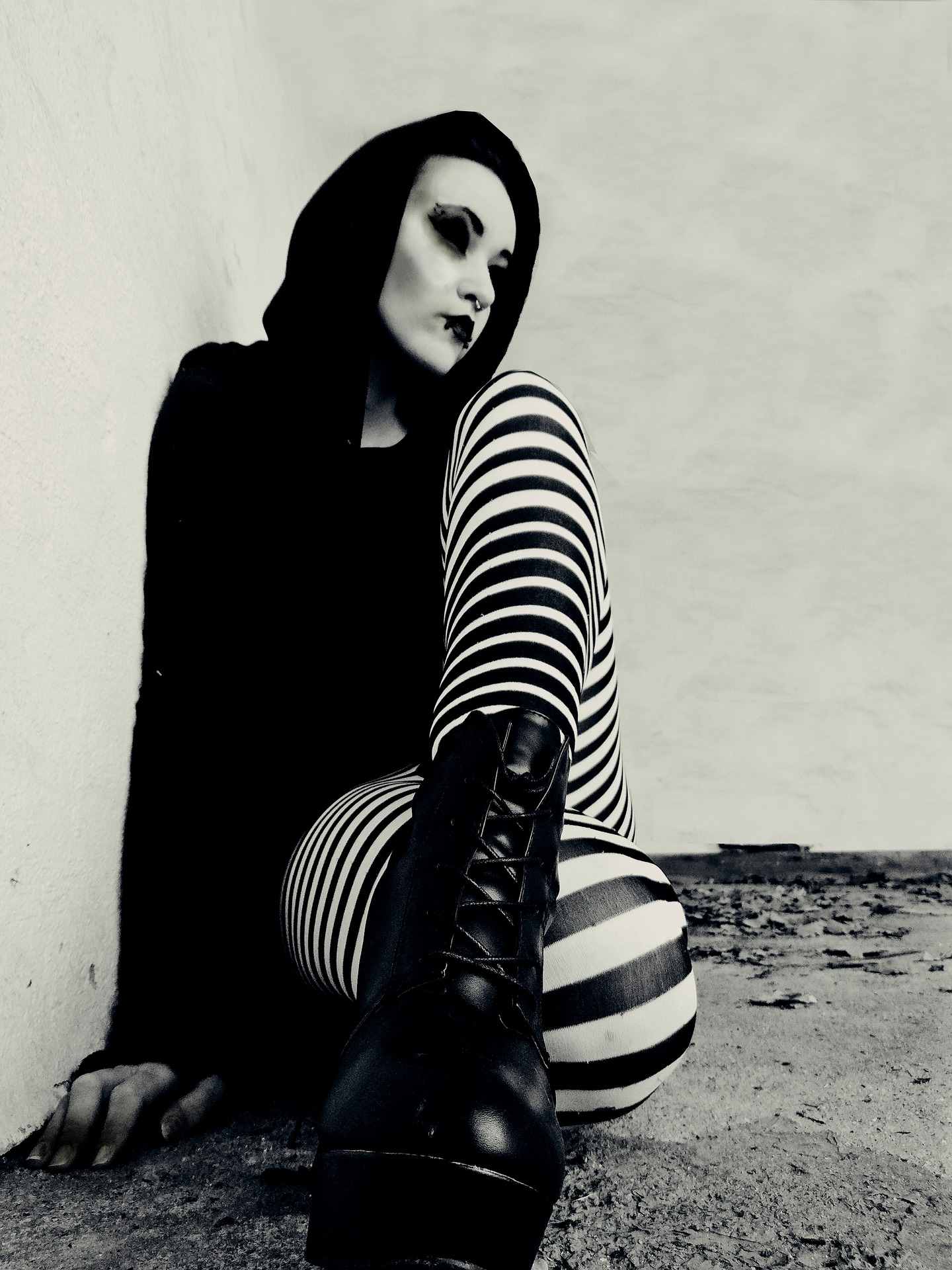 Bold And Trendy Goth Shoes Online