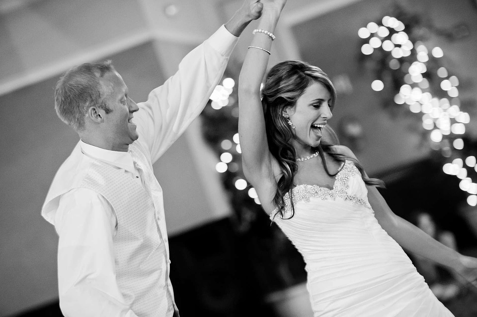 Factors That Affect How A Wedding Celebrant Cost