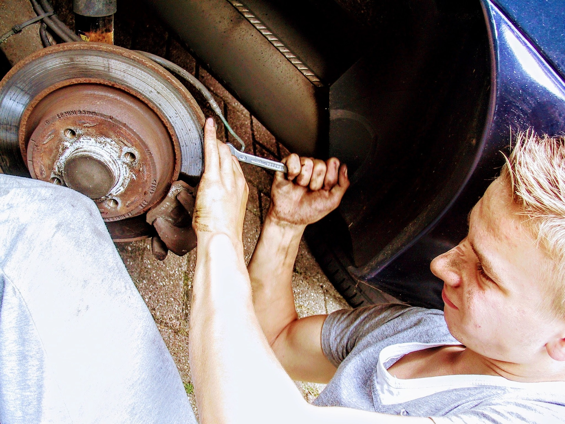 Experienced Mechanic Gold Coast At The Workshop