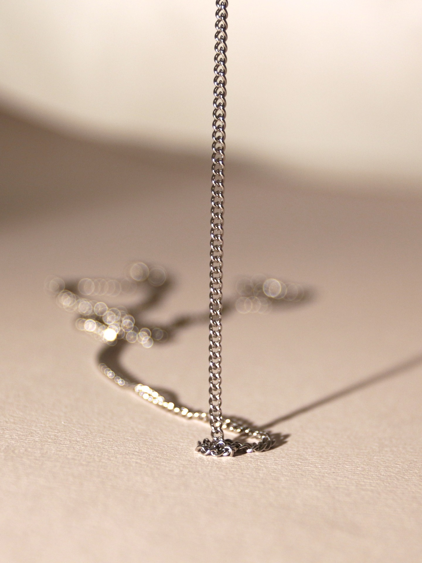 Trendy Waterproof Necklace Stands Out!