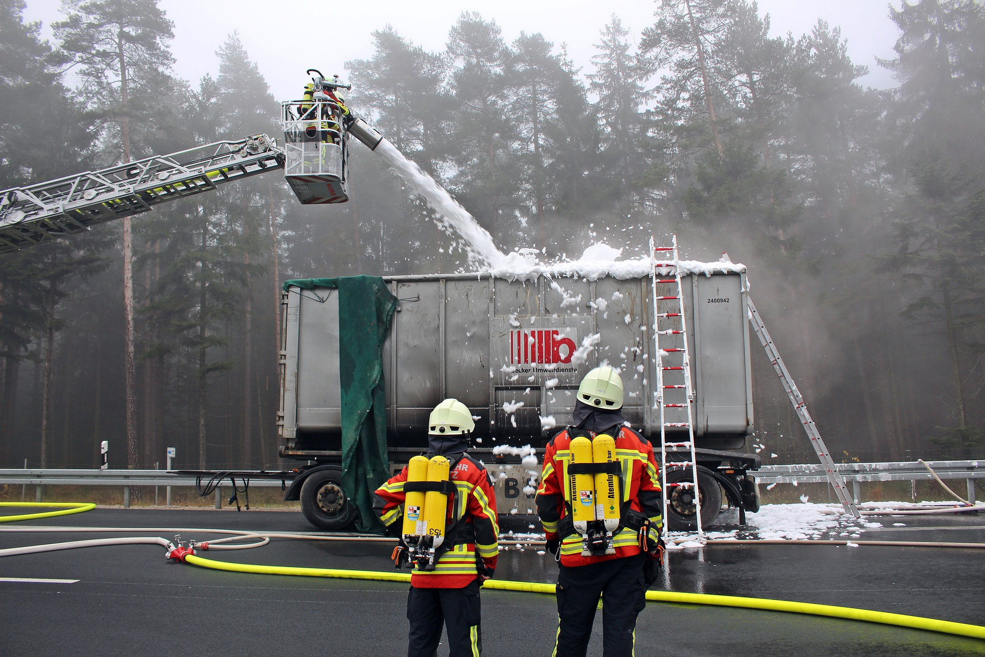 Importance Of Hiring A Truck Accident Lawyer