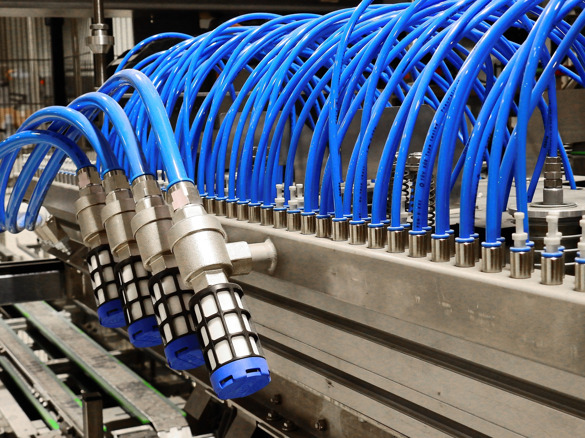 The Many Benefits Of Factory Compressed Air