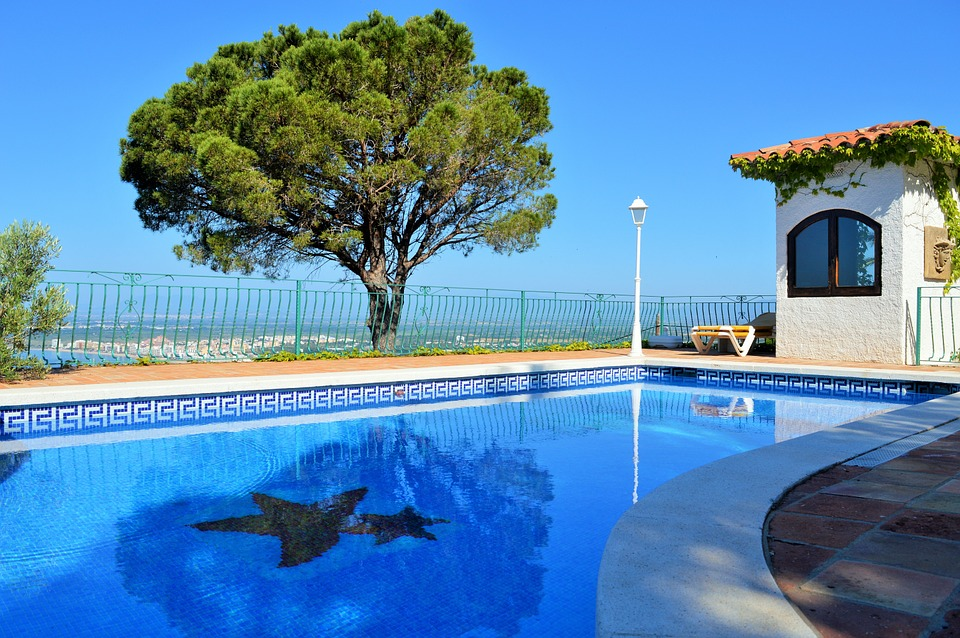 Finding The Best Pool Resurfacing Perth