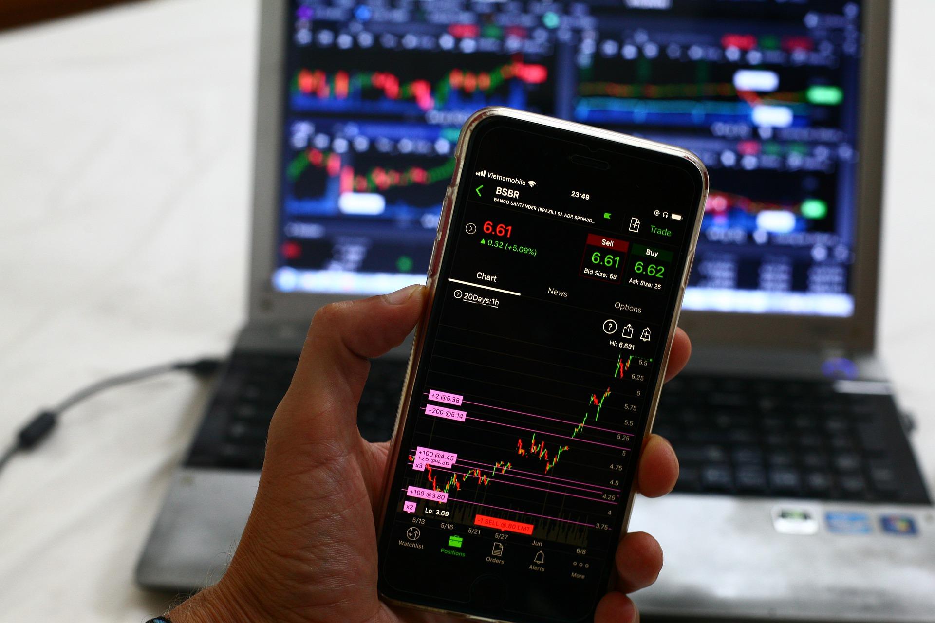 Using BEST Personal Finance App